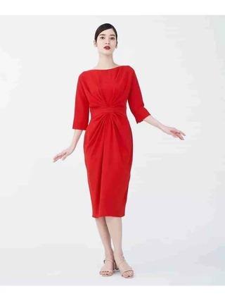 センタータックデザインドレス