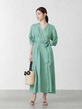 パールボタンカラードレス