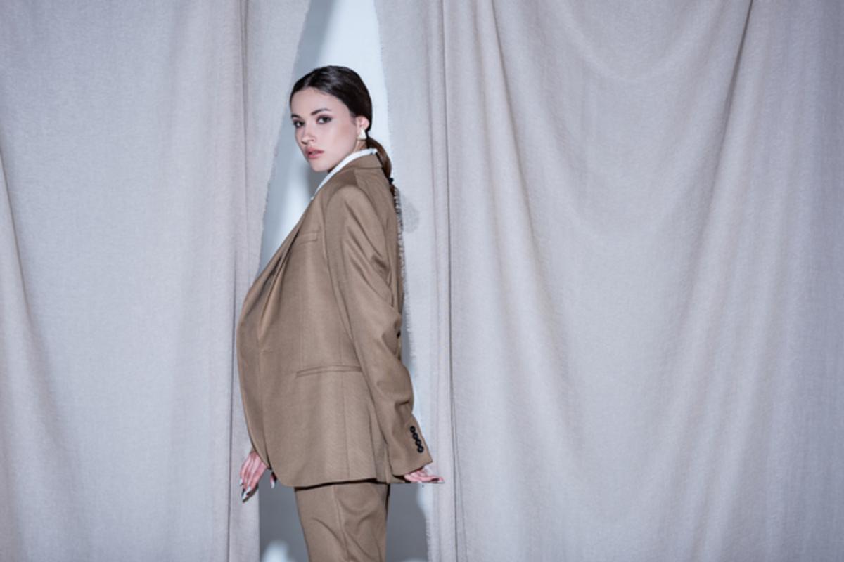 40代母親におすすめ!入学式用に揃えたいスーツのブランドをご紹介♪