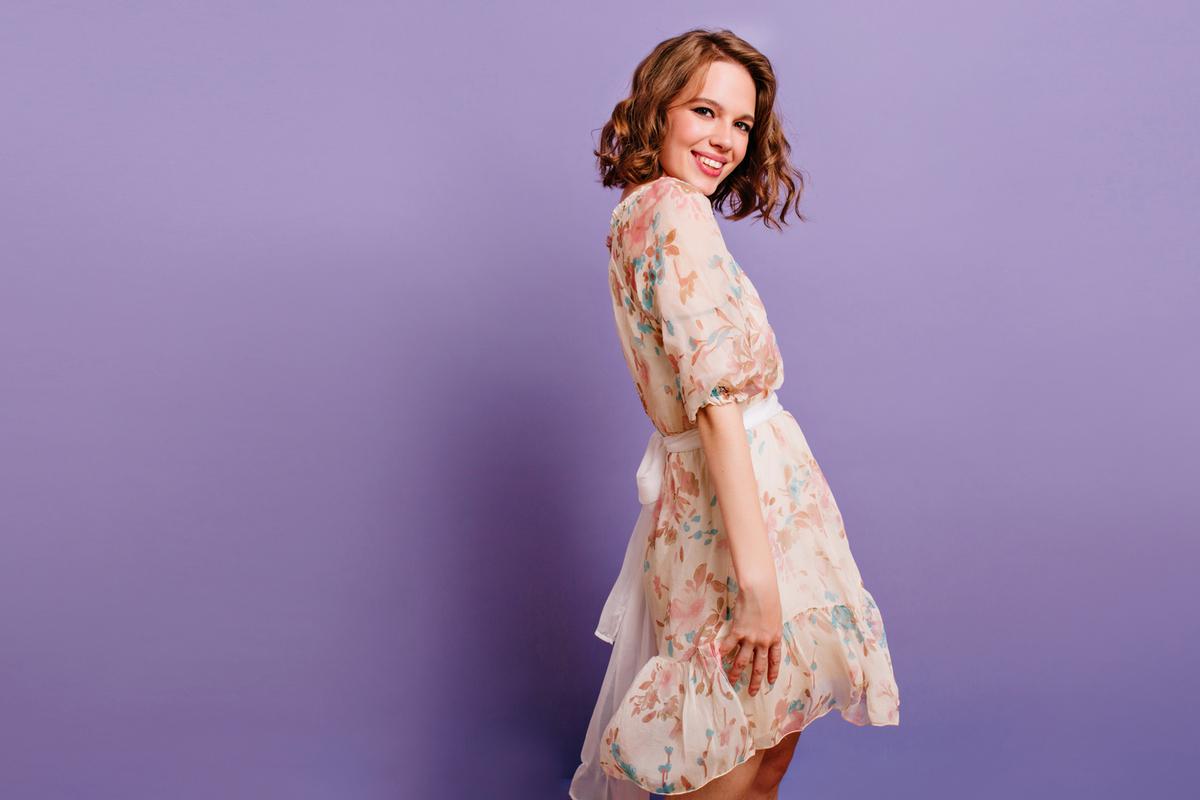 《女性向け》ドレスコードは全部で7種類!それぞれの服装の特徴を分かりやすく解説