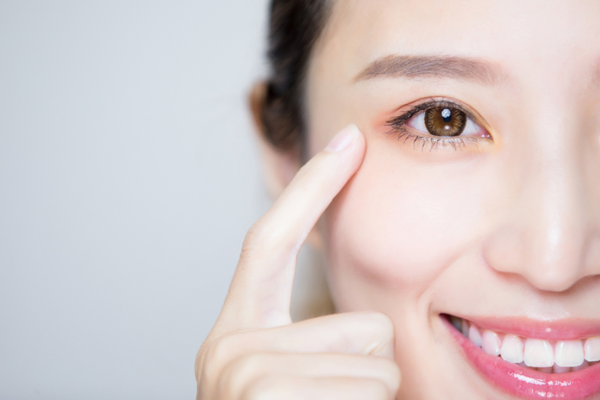 乱視用カラコン人気ブランド4選!快適で《盛れる・ナチュラルな》魅力的な目に!