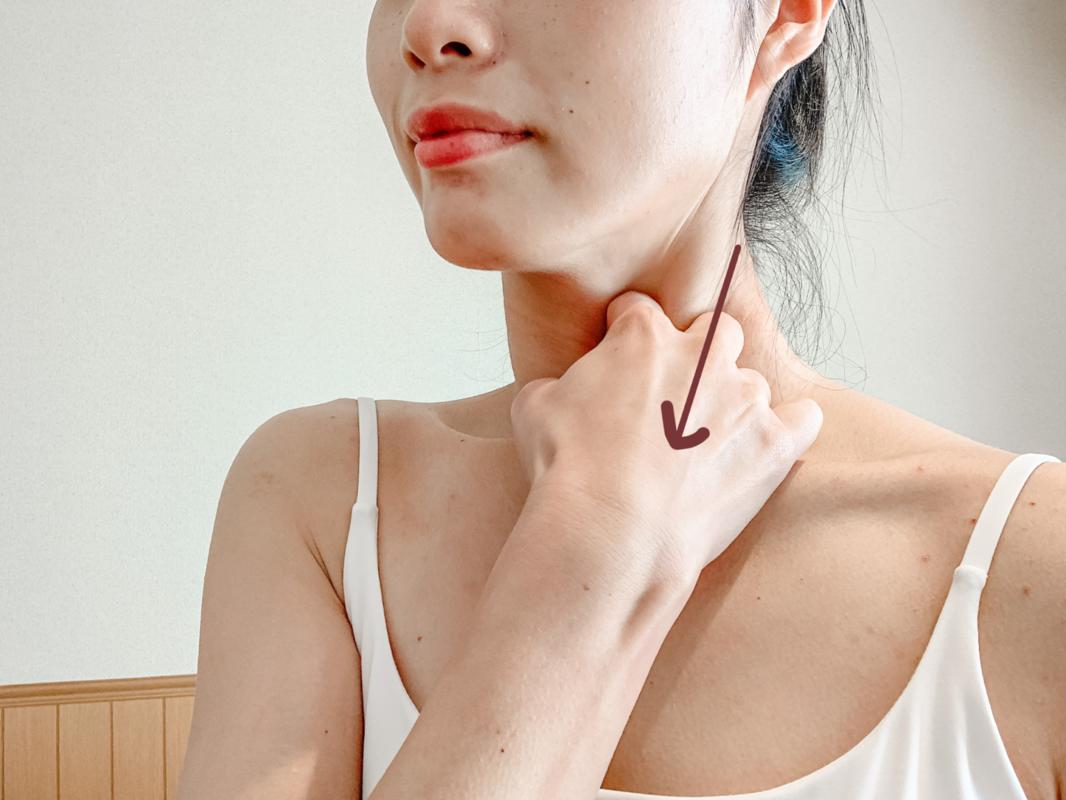 胸鎖乳突筋のマッサージ