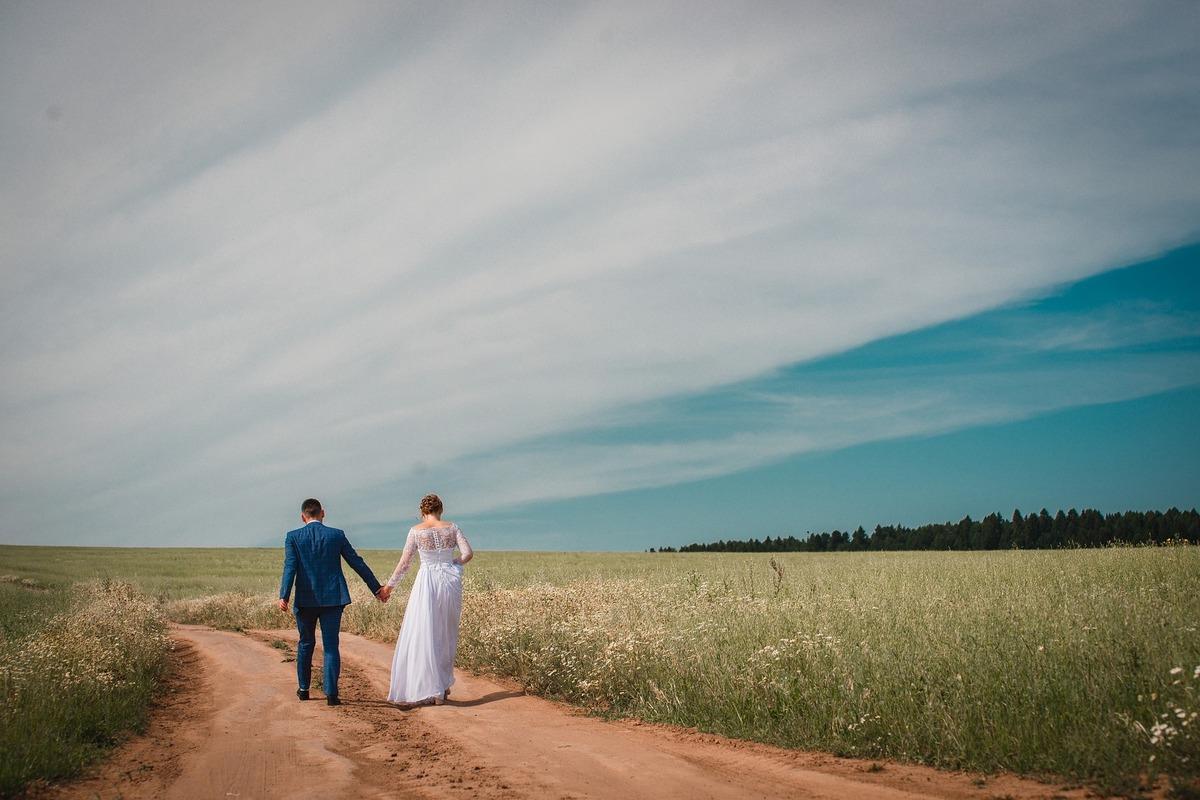 夫婦別姓のメリット&デメリットを分かりやすく。賛成意見や問題となる具体例から解説