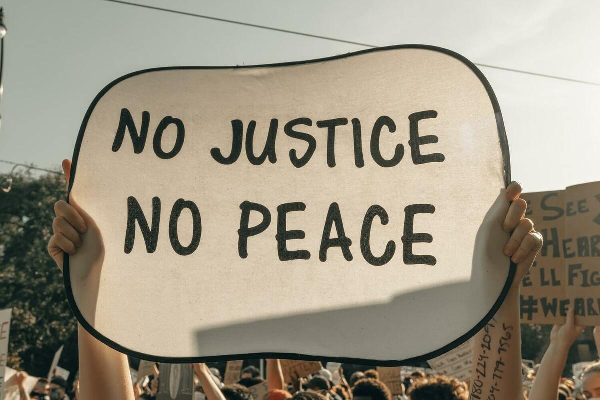 12月10日は世界人権デー。人々の権利を尊重するための取り組み内容とは