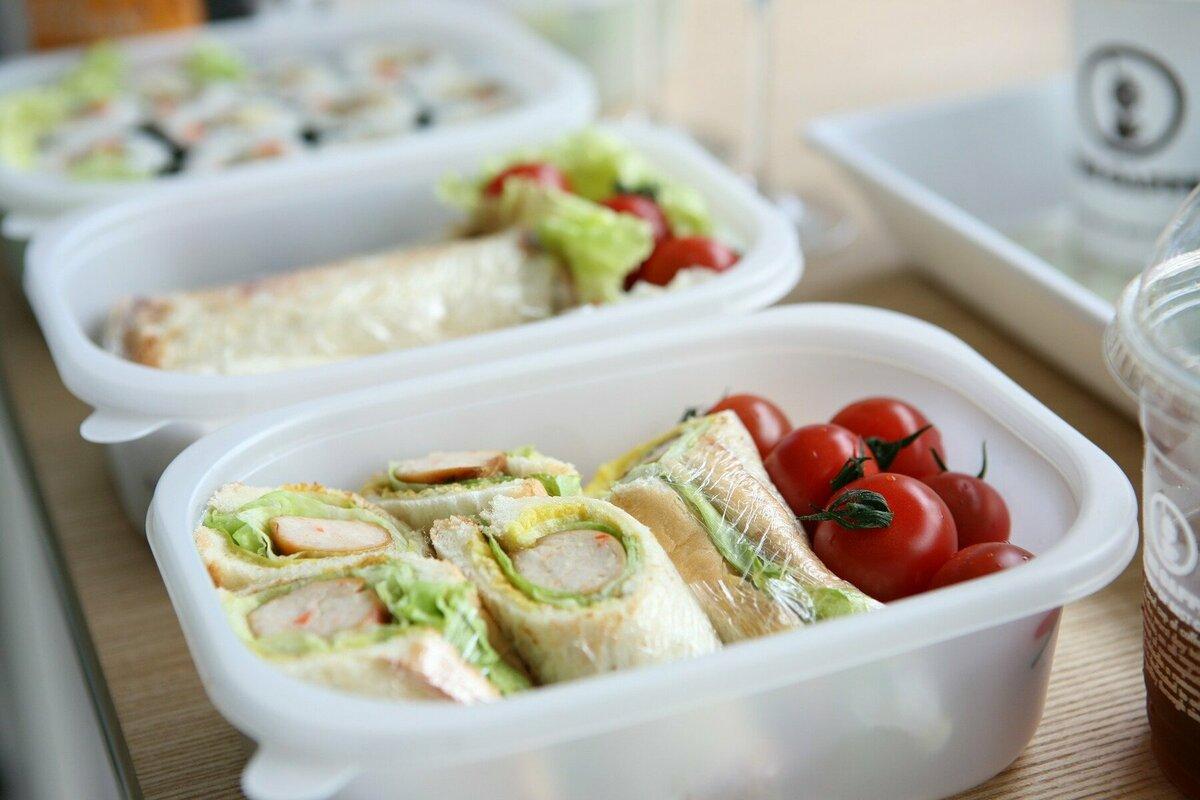 苦しい生活の心強い味方。親子の食事を支援する「こども宅食」の取り組みについて